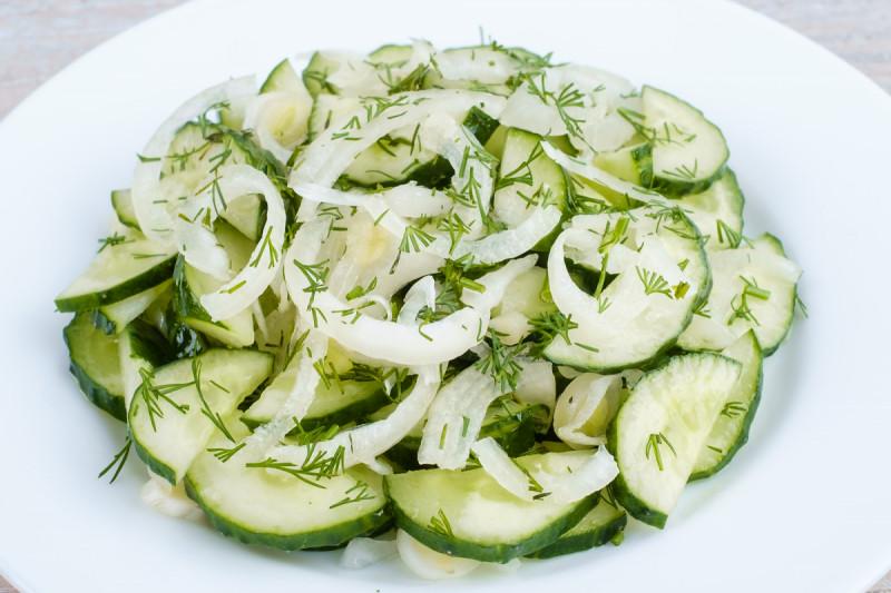 Салат трески на растительном масле